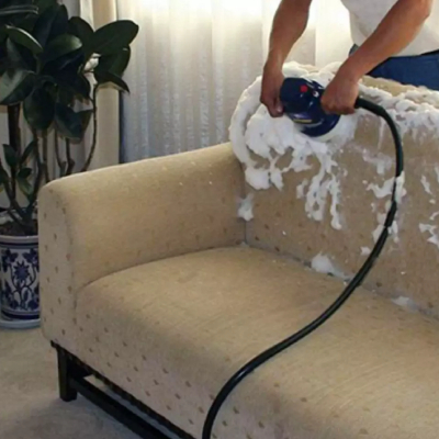 sofa cleaning by naturally